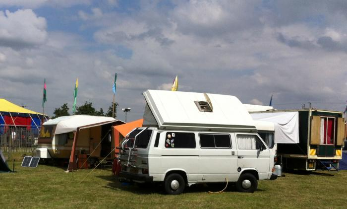 VW T25 at lakefest