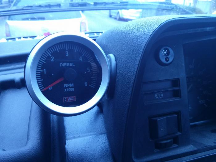 aftermarket rev counter on dash